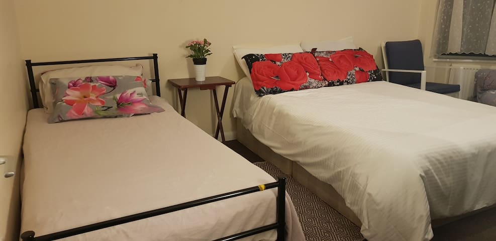 Double Room: For 2 or 3, Close to train station.