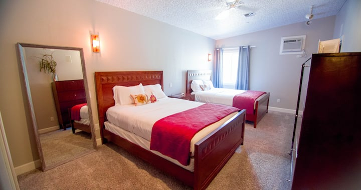 Private 2 Queen suite, shared lodge amenities