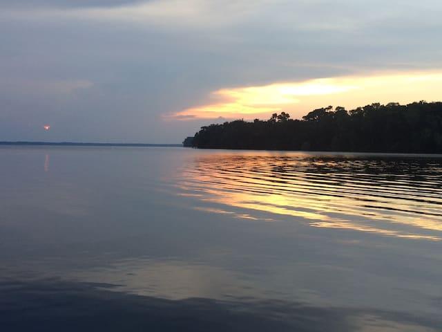 St Johns River hideaway