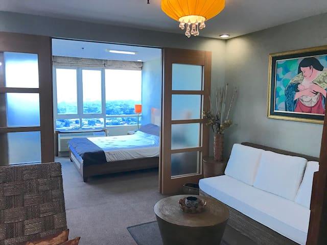 4 Greenhills Condo w Nice View -1BR - 231 - San Juan - Apartment