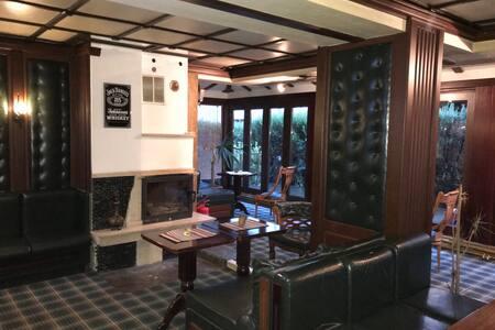 Room Gondola