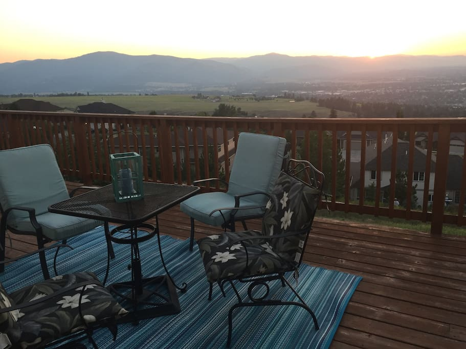 Relax on the back deck overlooking the entire valley