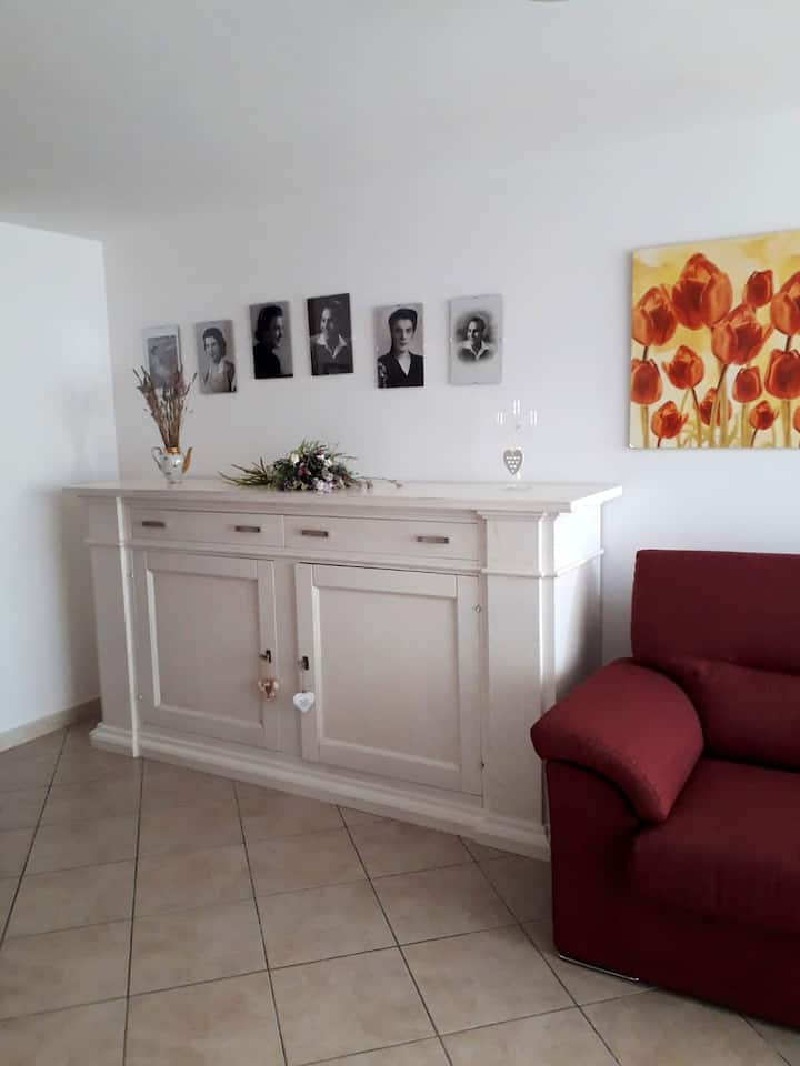 Apartment with one bedroom in Carbonia-Iglesias, with furnished garden - 10 km from the beach