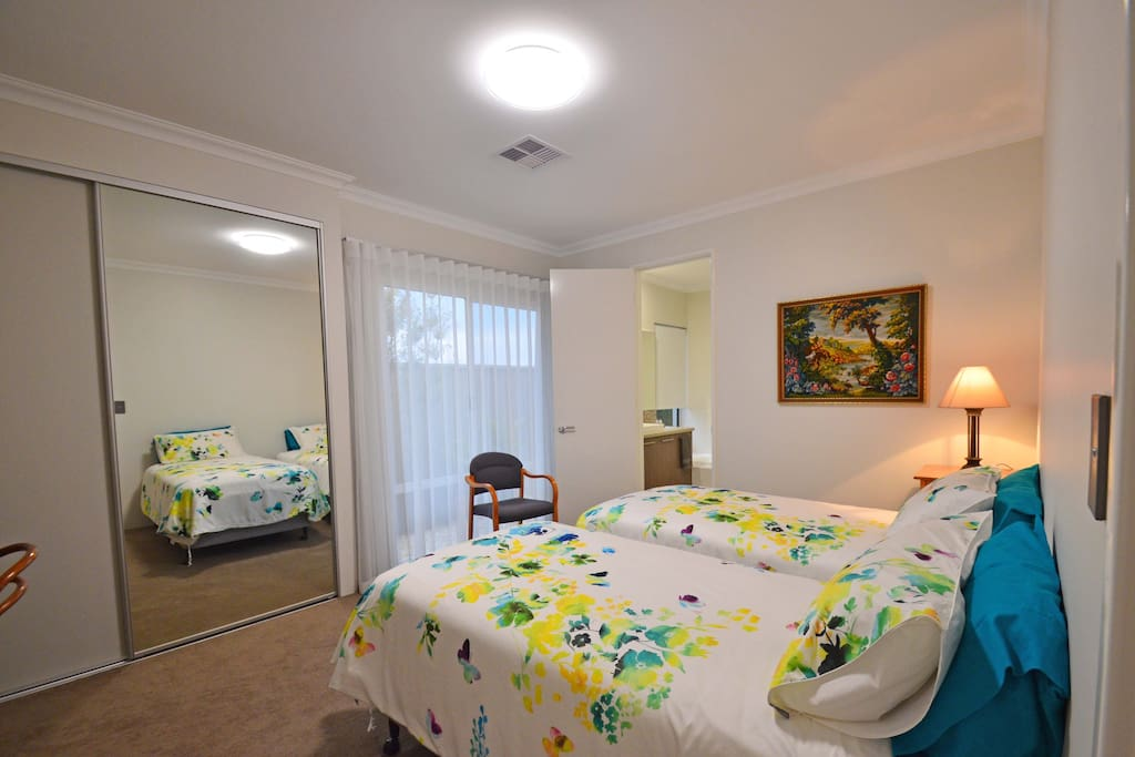Twin Room (can be King) with ensuite