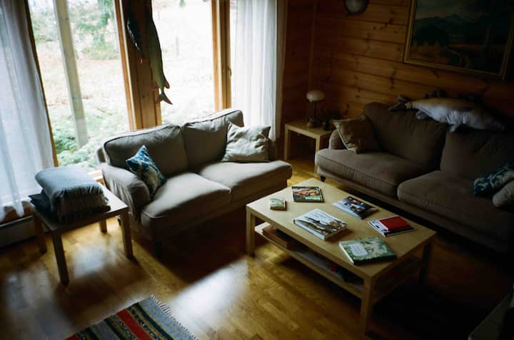 Cozy private cottage with sauna on Salajärvi lake