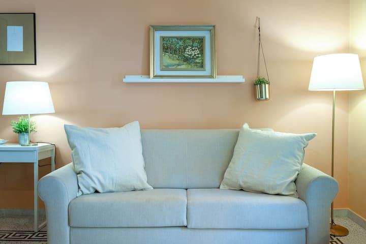 - The living room * Chez Mamie 1 * managed by #starhost - Il soggiorno *Chez Mamie 1* gestito da #starhost #uniquehomesperfectstay #starhoststay