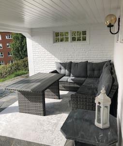 Nyrenoverad lägenhet i centrala Lysekil