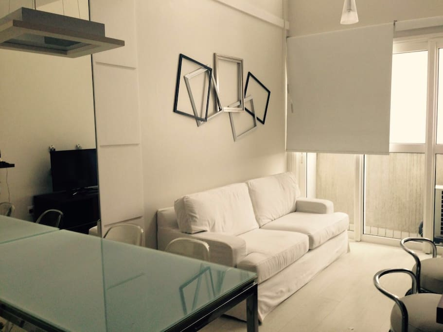 Lindo apartamento loft no gonzaga flats for rent in for Living room trackid sp 006