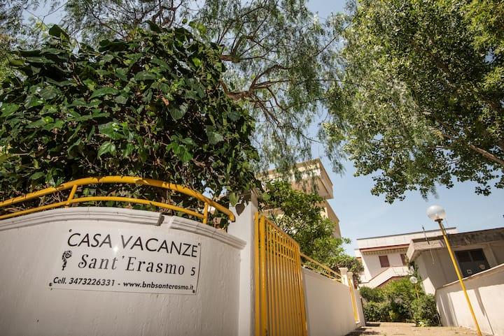 Casa vacanza Sant'Erasmo #5 (Ginosa Marina)