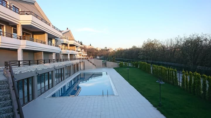 LUXURY VILLA FOR SALE IN BURSA