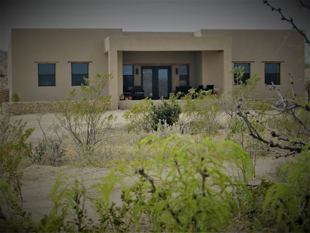 Desert Chic: The Retreat in Terlingua Ghost Town