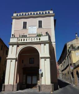 Loft nel centro storico in Palazzo Campanari - Apartment