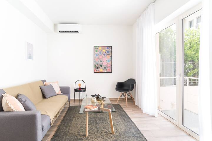 Chalandri Apartment 0, 350m From Hygeia (CHA125)