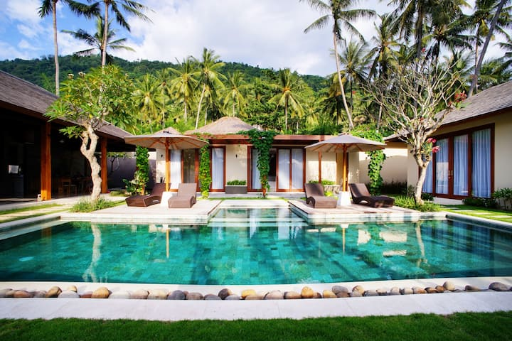 Luxury 3 Bedroom villa in Lombok