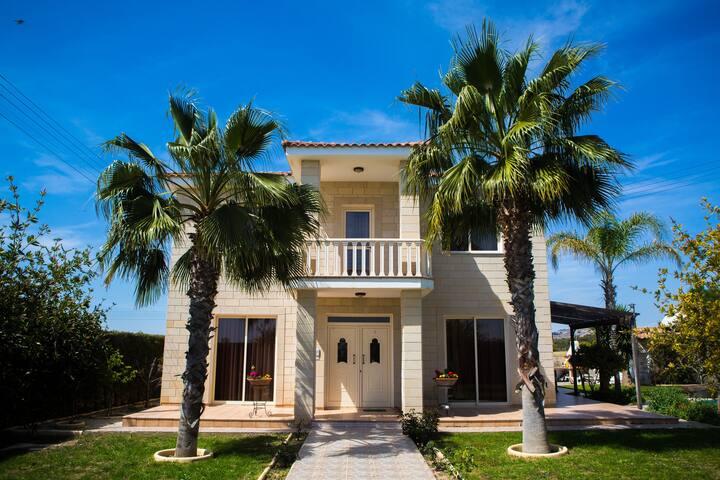 Larnaka Villa Alexander