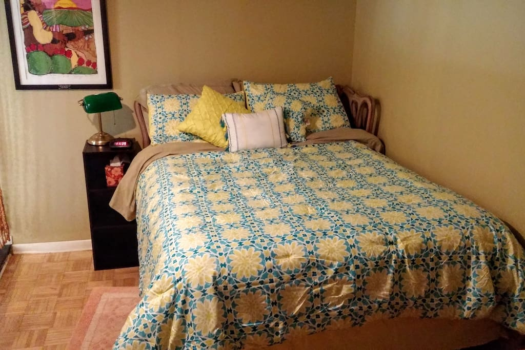 Sleeping Area - Full Bed