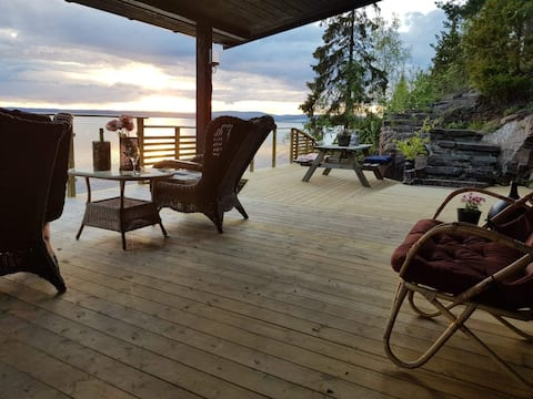 Cabin with beach view, 30 min from Oslo