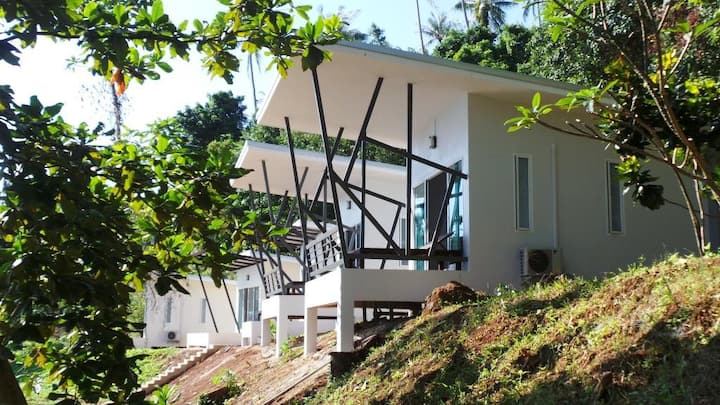 AoPong Delux Seaview Bungalow 1