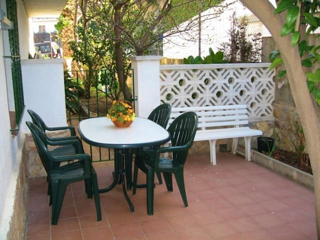 Nice apartment for 2/3 persons.LLançà, Costa Brava, Empordà