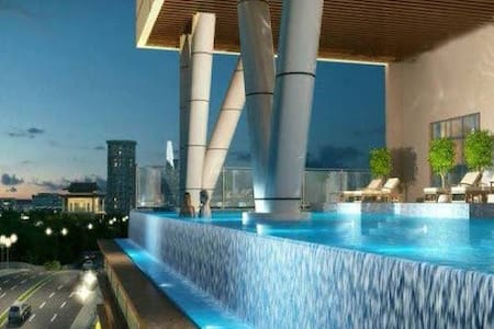 ★ 2BR Infinity Edge Pool Apartment - Pis