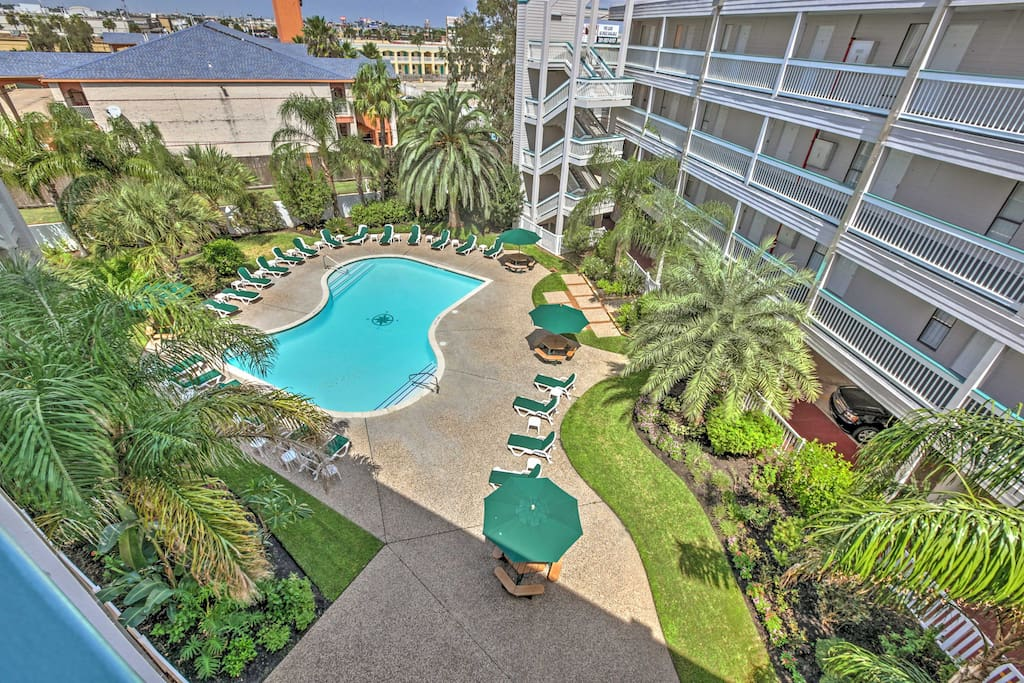 Enjoy access to various community amenities including 2 pools and a BBQ area!