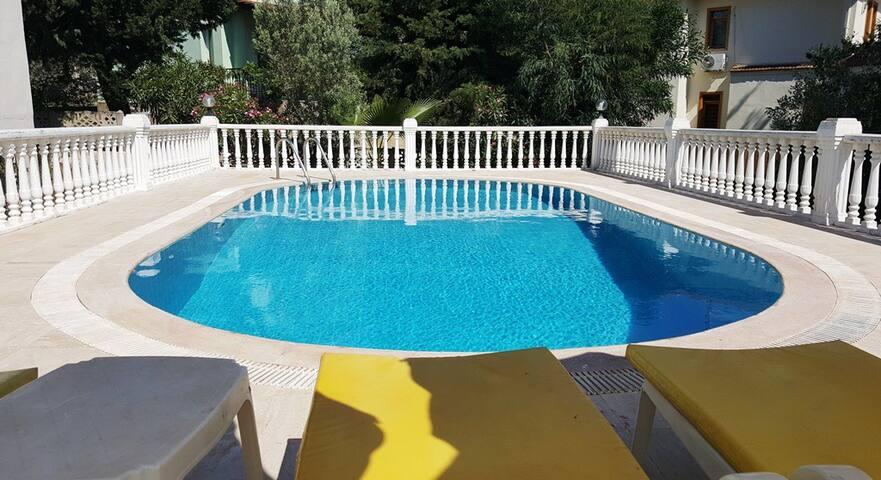 Ölüdeniz Hisarönü Bölgesinde Özel Havuzlu Villa