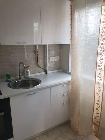 Апартаменты на Фабрициуса 24