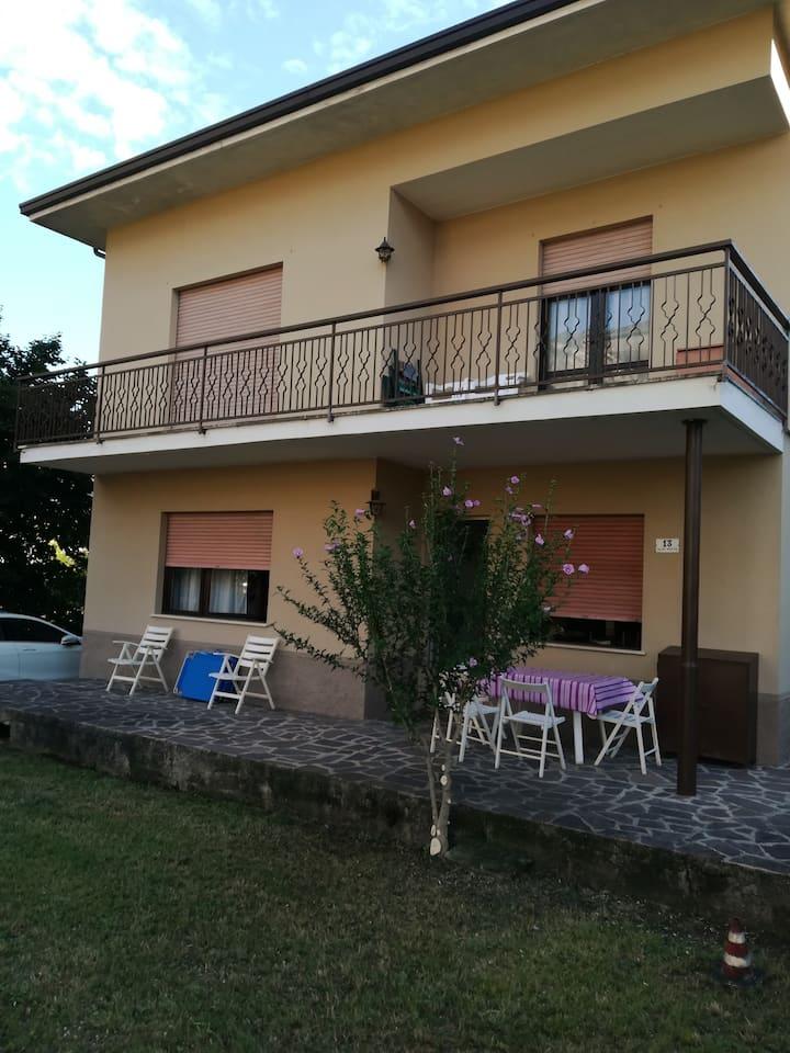 VILLa A RIVA rent apartment in single-family house
