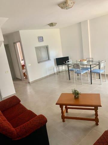 Beautiful Newly refurbished 3 bedroom house