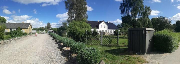 Et lyst værelse på landet