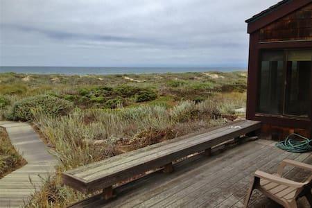 Private 3BR Monterey Bay Condo - Castroville