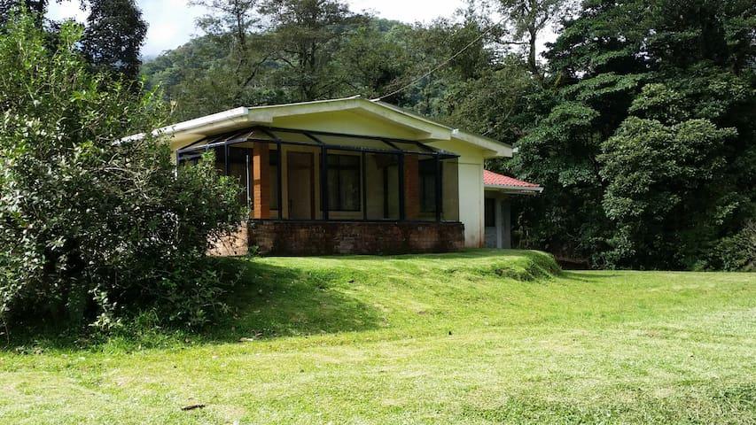 Casa de Montaña Las Calas