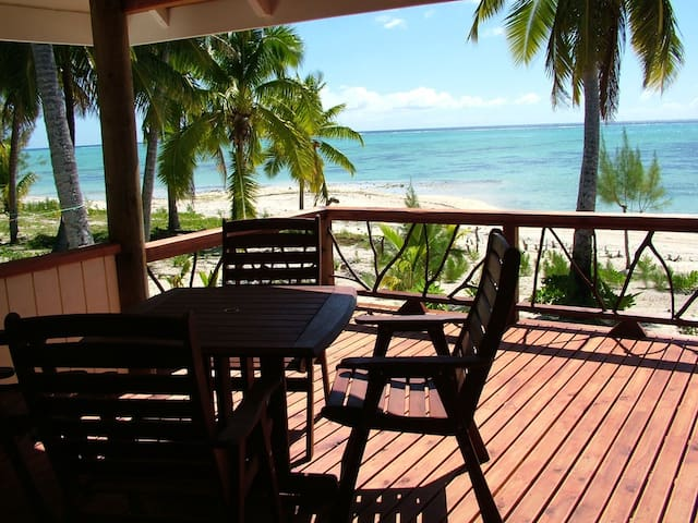Okoitu Beach Bungalow 1