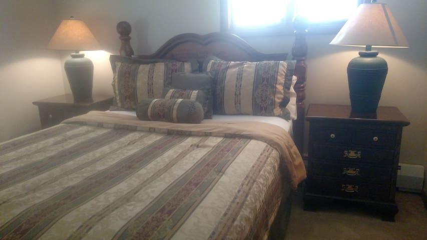 Bedroom #3 again