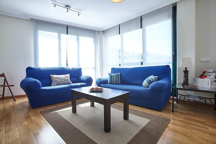 Cangas de Onís 3 Rooms · 7 PAX · WIFI and Garage