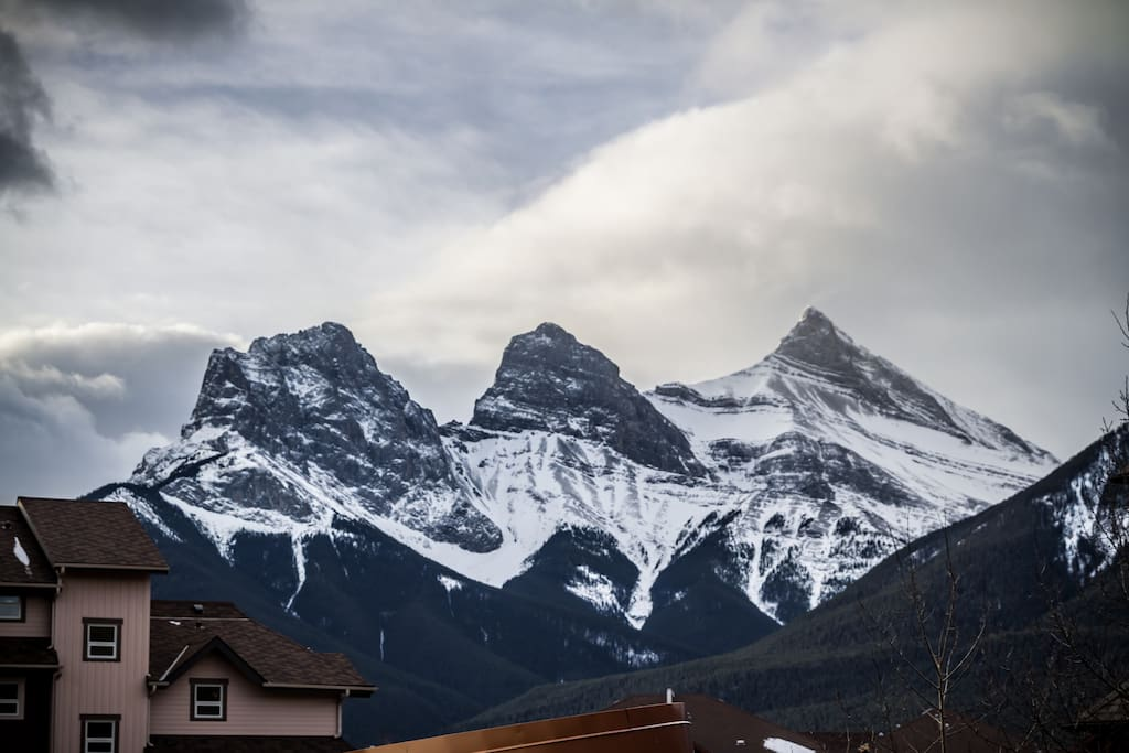 Balcony View of three sisters