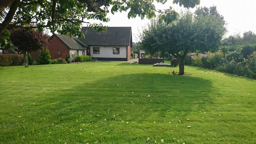 Charming house in a quiet area- 25km to Baltic Sea