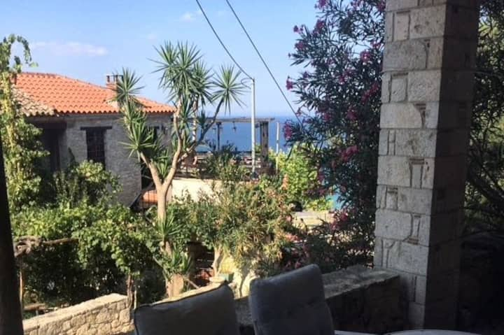 Sea view terrace apartment  - close to the sea