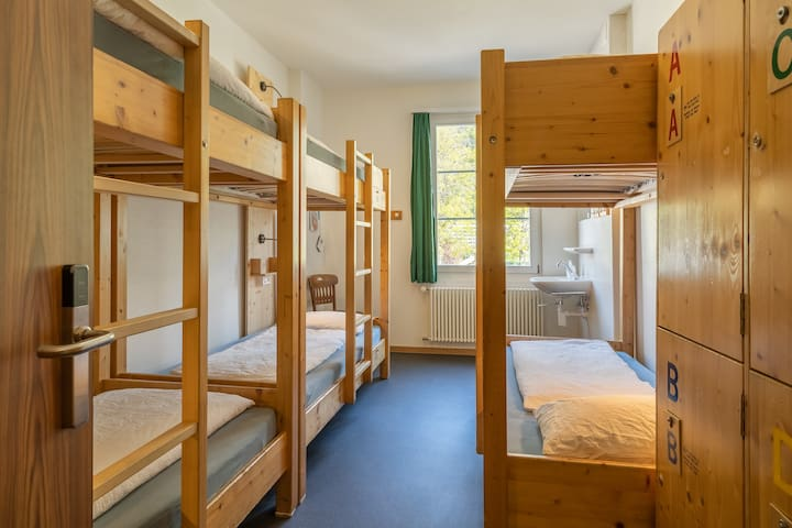 beds in female 6/7-bed dormitory