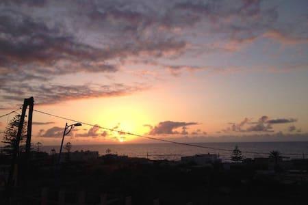 Darbouazza Maison face à la mer , (courte durée) - Tamaris - Hus