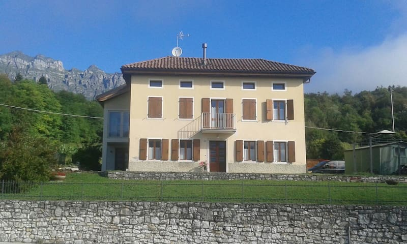 Villa con vista panoramica - Pedavena