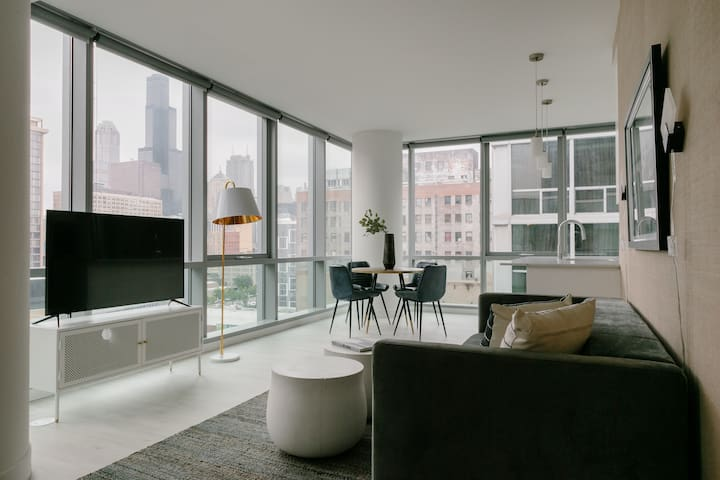 Sonder | Essex on the Park | Dreamy 2BR + View