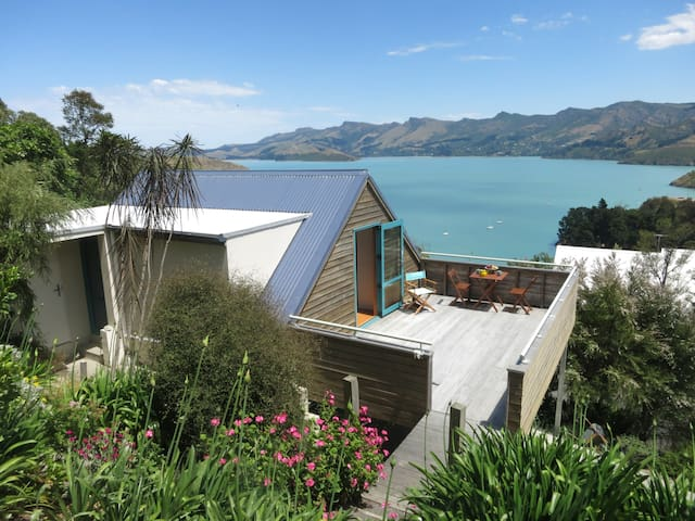 Corsair Bay beauty & tranquility - Lyttelton - Loteng Studio