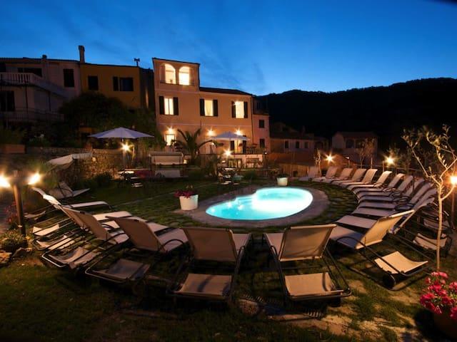 Villa indipendente con piscina - Lecchiore - Villa
