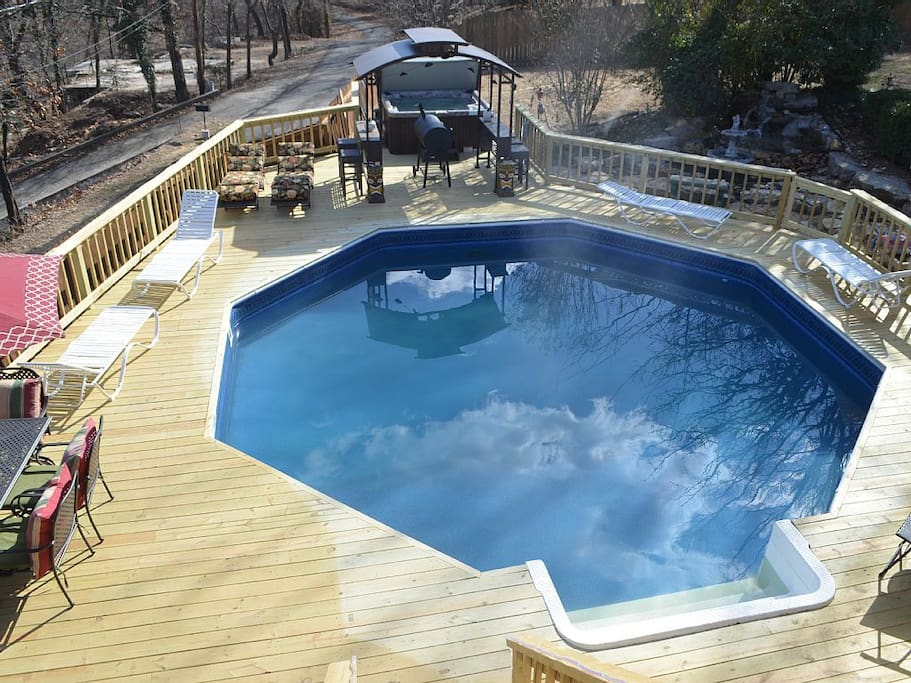 Enjoy an amazing pool and deck area with your own 24' pool and hot tub!