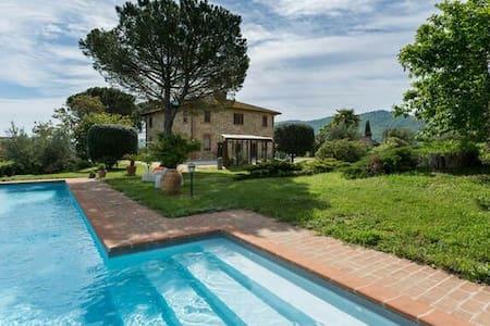 Villa,wine & cooking in Panicale - Panicale - วิลล่า