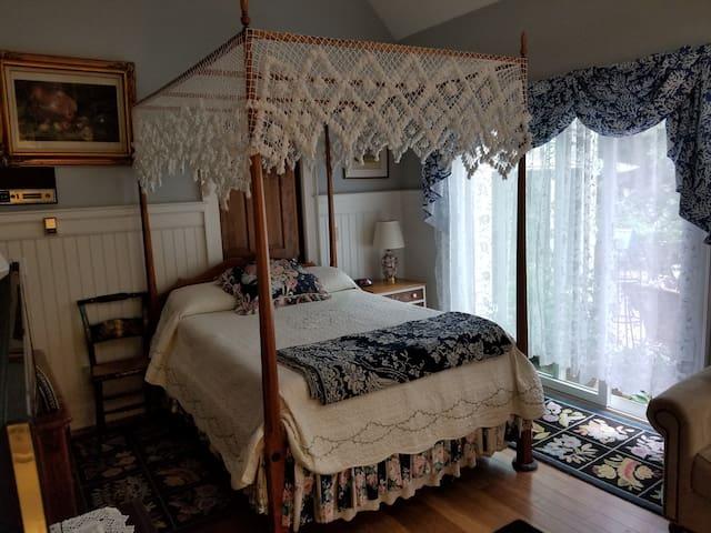 Barnstable Guest Suite