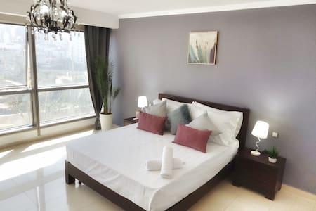 Lumineux Appartement Oran Centre, Calme a Mobilart