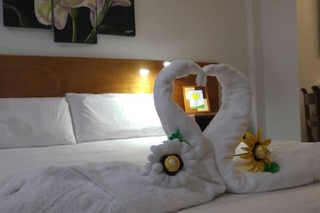 Dormitorio con baño privado, Suite Room. - San Andrés - Gästehaus