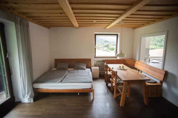 Studio #1 im Chiemgau - mit Abendsonne & Sauna!